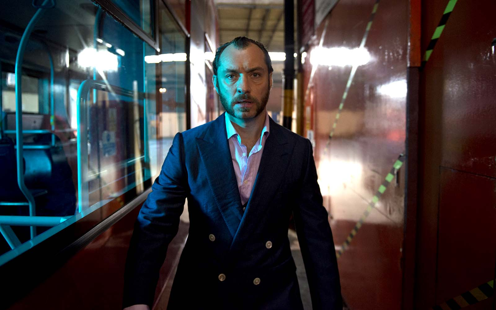 3126 - Dom Hemingway - Photo Nick Wall